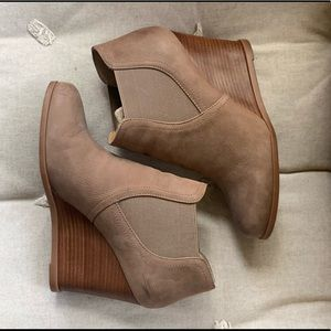 Audrey Brooke Booties. In perfect condition!!! 👢